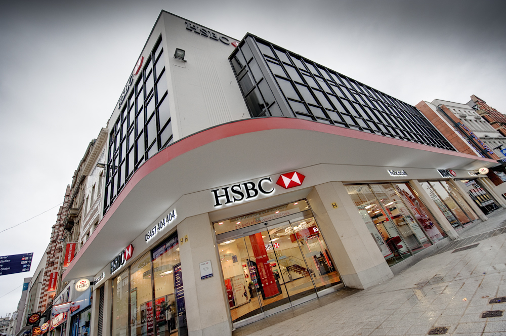 Tom Moore: Why I've been buying HSBC shares for income