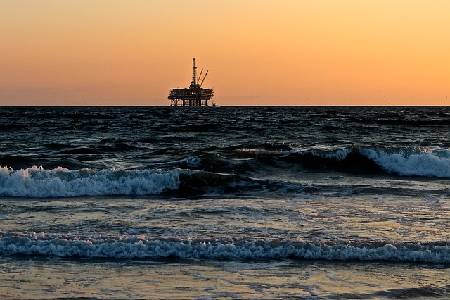 oil prices and dividends