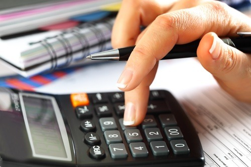Calculating expenses for a business