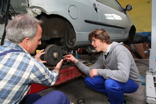 Hiring an apprentice: The benefits for a small company