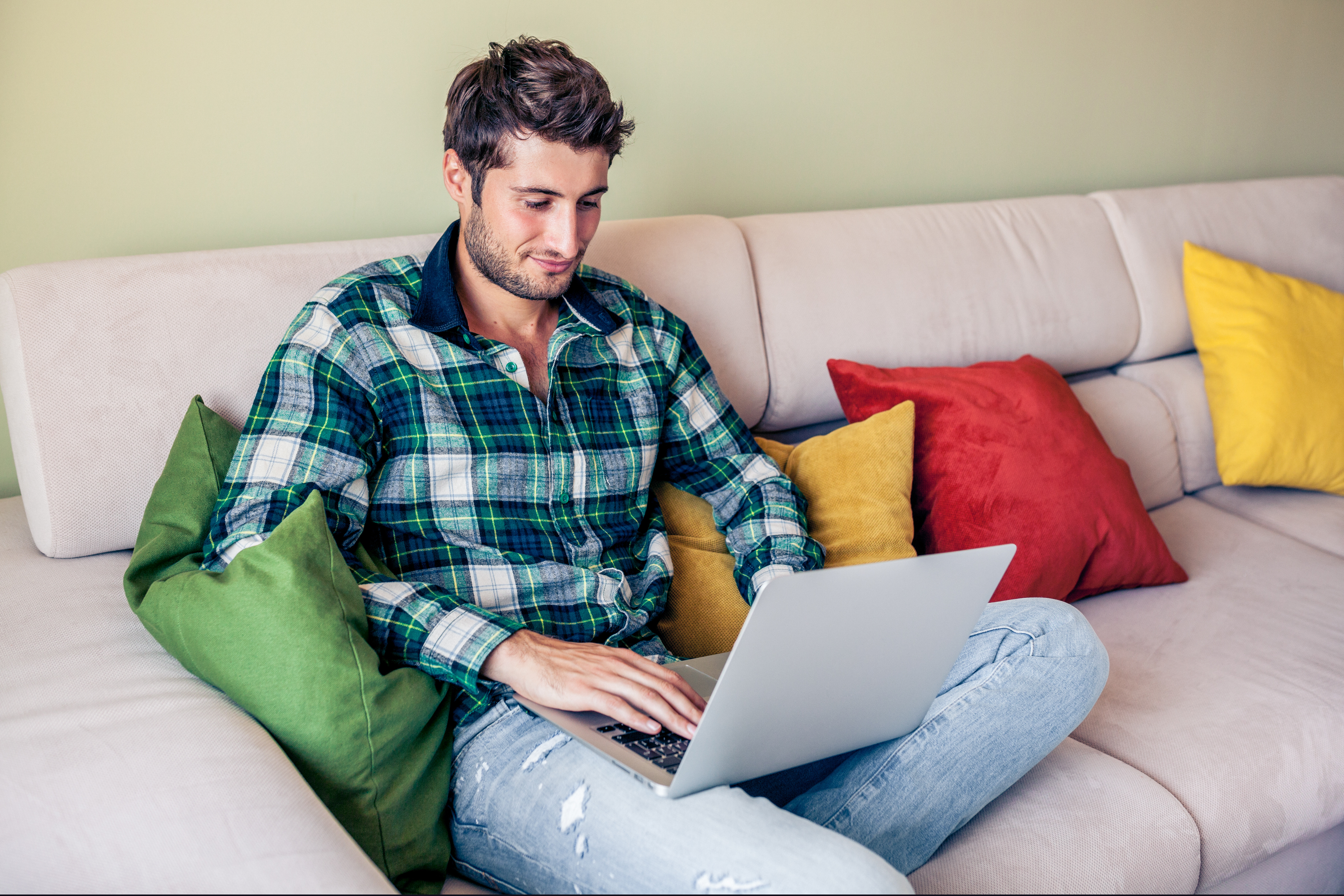 One in four people claim to work from their sofa when doing overtime in their homes