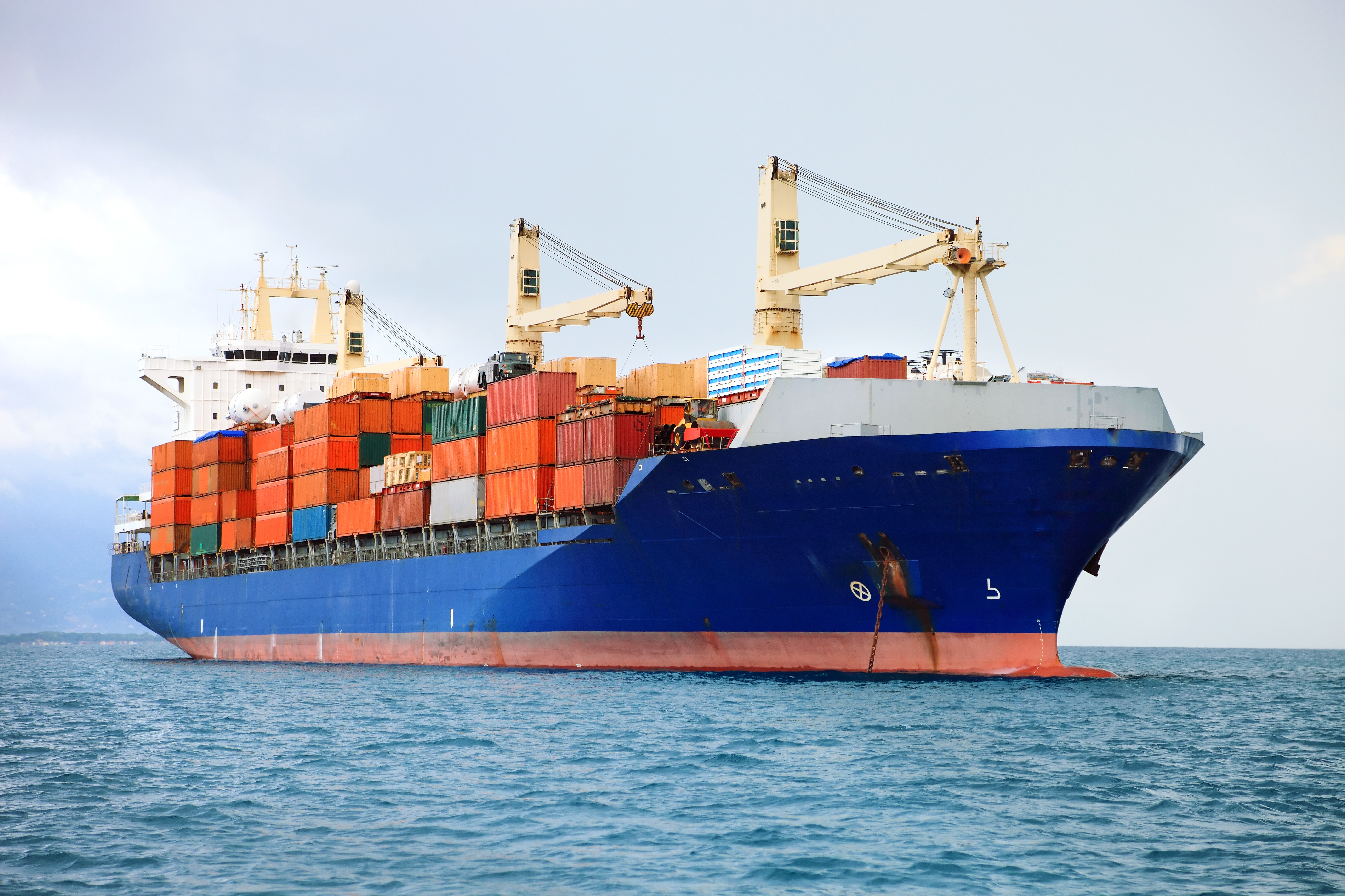 The essential guide to sea freight: Process, costs and timelines