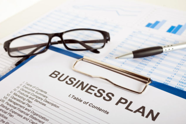 List these key points in your franchise business plan