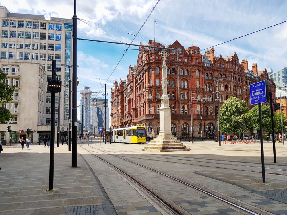 AdobeStock_228507345-scaled-e1581093065930 5 of the best co-working areas in Manchester